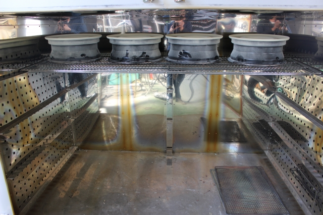 大型乾燥炉の写真