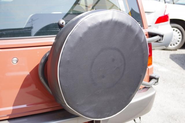 背面タイヤカバーの装着イメージ